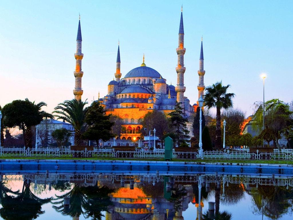 Turkey - Istanbul - Mosque